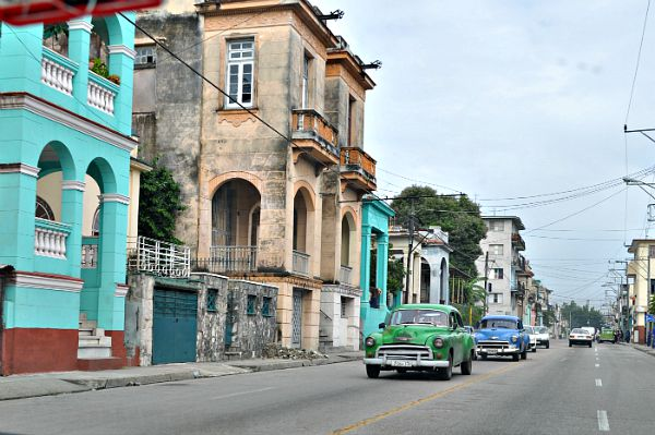 Old Cuban Cars